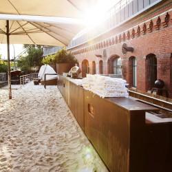 Golden Catering Hochzeit River Kasematten Hamburg - Strand